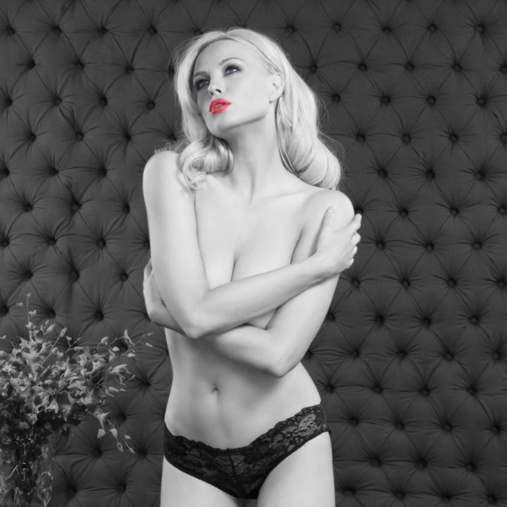 Amazing photoshop of Irina Voronina!