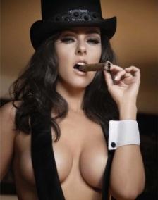 woman-smoking-cigar5